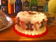 gingerbread man Christmas cake
