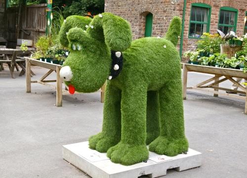 grassy Gromit