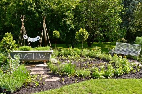 2014 May 5 Bath WI garden - 064