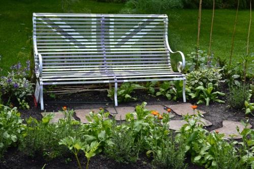 2014 May 5 Bath WI garden - 070