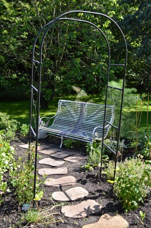 2014 May 5 Bath WI garden - 085