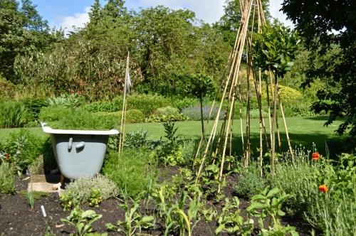 2014 May 5 Bath WI garden - 087